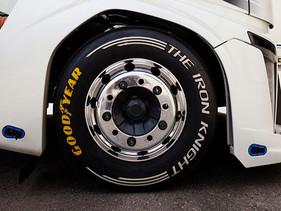 Llantas Goodyear para camión rompieron el récord mundial en velocidad