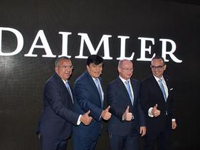 EXPO | Daimler: Innovando en Movimiento
