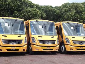 Más del 70% de niños que acuden a escuelas en la CDMX se transportan en autobuses Mercedes-Benz