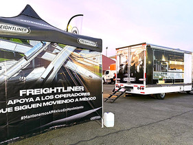 EMPRESAS | Apoya Freightliner a transportistas; entrega kits en puntos estratégicos