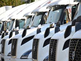 EMPRESAS | Estafeta adquiere 16 unidades Volvo VNR640