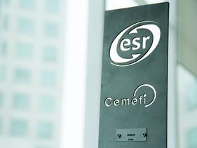 LIGEROS | Recibe Daimler Vehículos Comerciales el distintivo de ESR