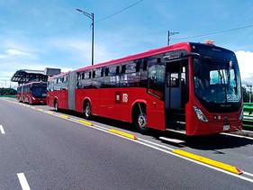 PASAJE | Mercedes-Benz Autobuses da el banderazo de salida a 76 autobuses articulados