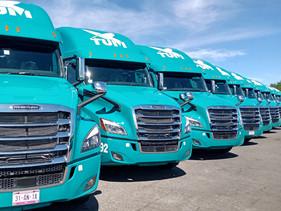 CARGA | Entrega Freightliner 105 Nuevos Cascadia a TUM
