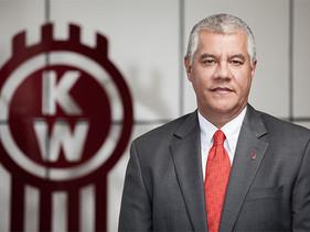 CEO | Renato Villalpando se jubila de PACCAR México