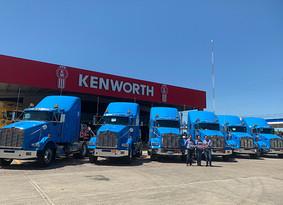 Kenworth de la Huasteca entrega unidades a Transportes Wong de La Torre