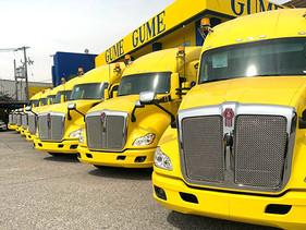 CARGA | Entrega KW de la Huasteca 10 unidades T680 a Transportes Industriales GUME