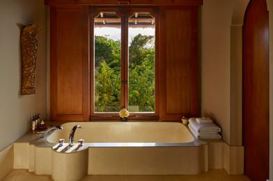 Amankila, Bali Suite Bathtub_High Res_11