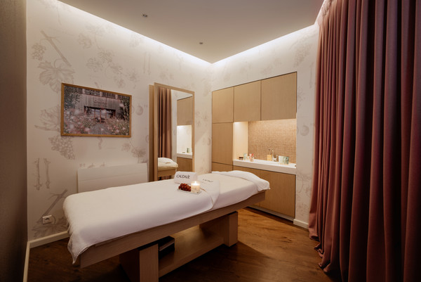 6588-Treatment-Room-3.jpg