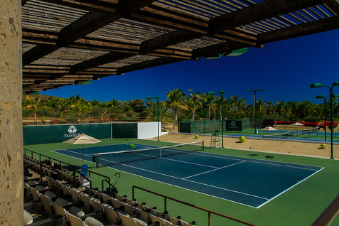 Panoramic view of all 3 courts.jpg