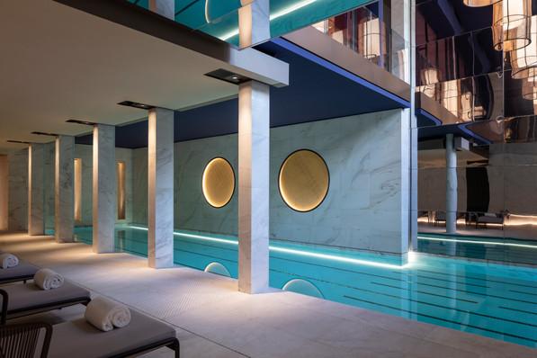 Hotel Lutetia - Akasha Spa pool.jpg