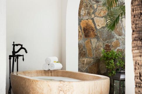 Treatment Room Outdoor Soaking Tub.jpg