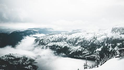 Mt_albert_edward_view_from_top_summit_jk