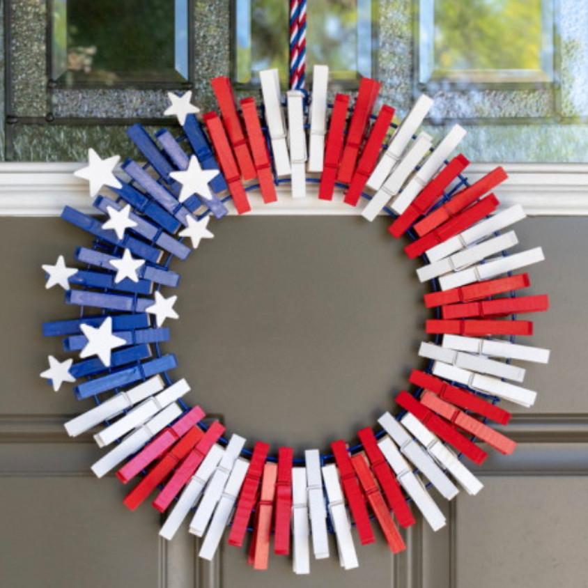 KEIKI Kraft: Clothespin Wreath    $20
