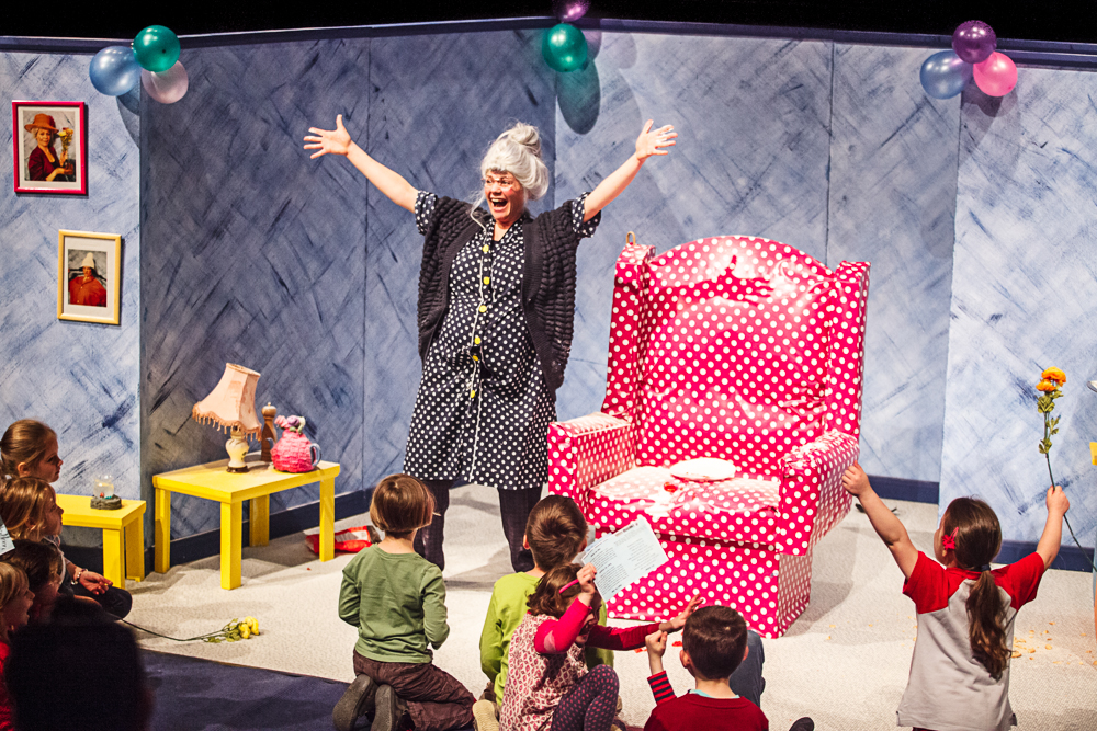 Mrs McMoon - Worboys Productions - IMG_0466