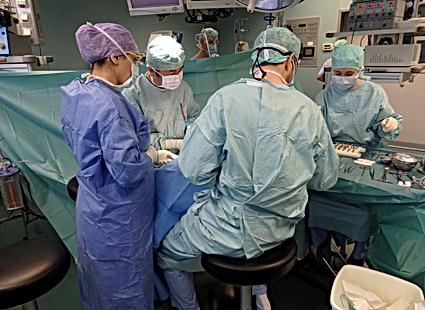 広島県安芸高田市の歯医者、上野歯科医院のインプラント治療