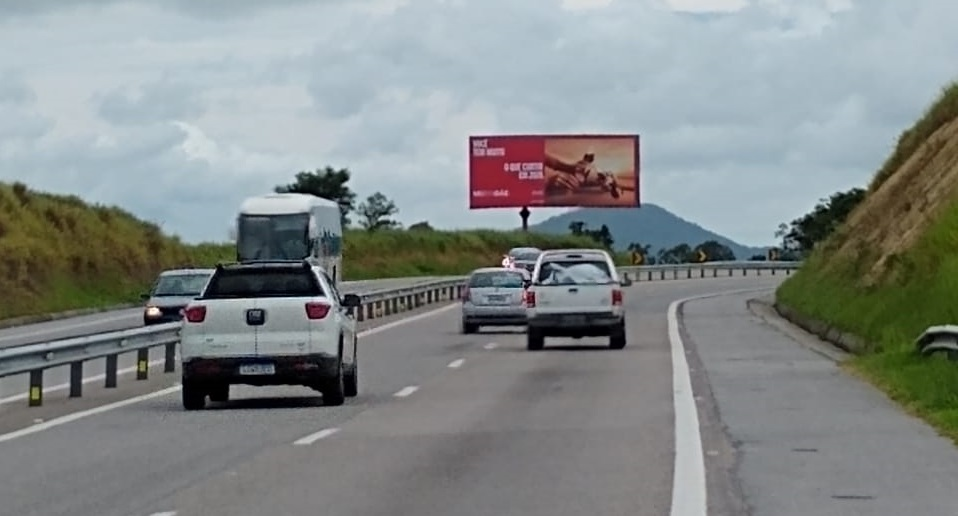 VIA LAGOS KM 44