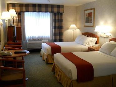 Poulsbo Inn & Suites