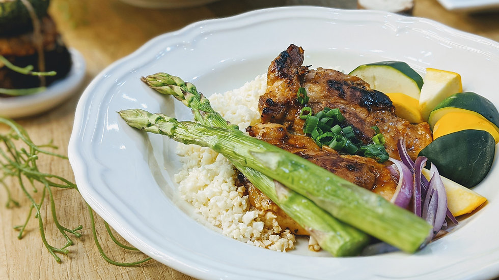 牛油香煎雞扒配蘆筍意青瓜椰菜花飯 - Butter-glazed Chicken, Asparagus & Zucchini Cauliflower Rice