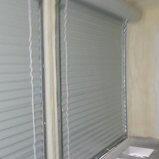 20' Roll Up Door Container with Spray Foam