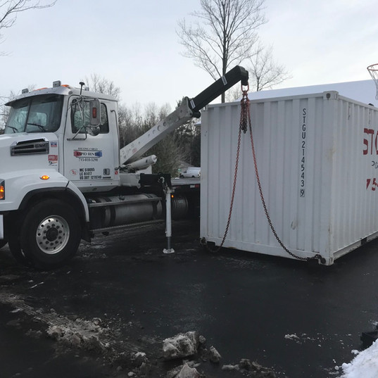 20' Residential delivery in the driveway for storage and moving in Wisconsin