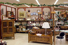 Antique Up New Location Near Appleton, WI - Antiqus in Appletn