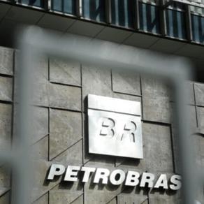 LEGGIO analisa a postura da Petrobras na contramão das energias renováveis