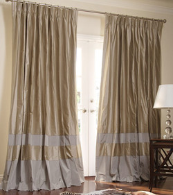 banded-drapes-4-double-bordered-contempory-custom-drapes-in-pebble-pewter-891-x-1003
