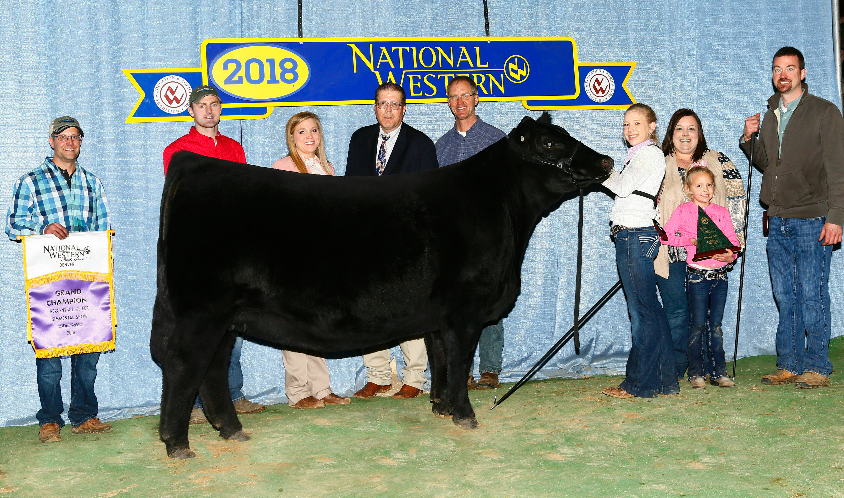 Hook's/JRA Demi 605D 2018 NWSS Grand Champion Percentage Heifer