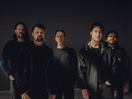 "VIDEO FEATURE: SILVERSTEIN - ""BANKRUPT"""