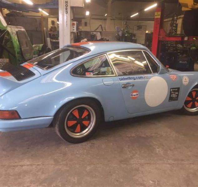 Porsche911HillClimb.jpeg