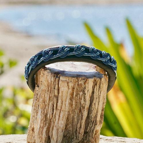 Blue Ceeslove Knot AR