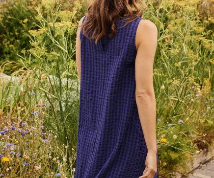 SS20_TwoDanes_seersucker_dress_Sienna_ba