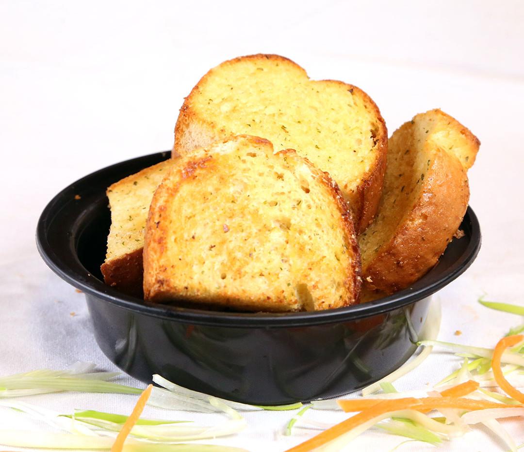 Appetizers Garlic Bread.jpg