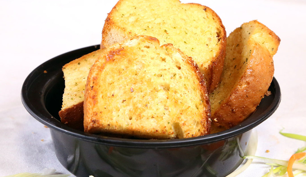 Appetizers Garlic Bread.jpg