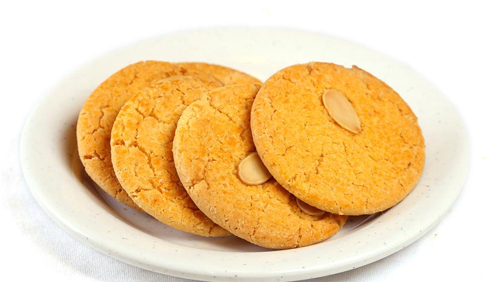 Desserts almond cookies.jpg