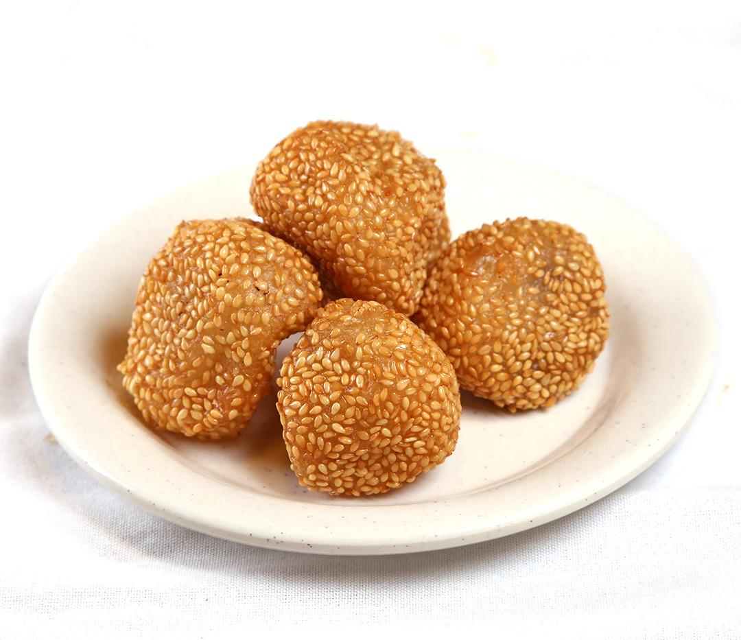 Desserts sesame balls.jpg