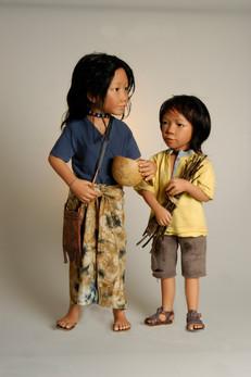 Arti en Awal komen uit Java. • Arti and Awal are from Java