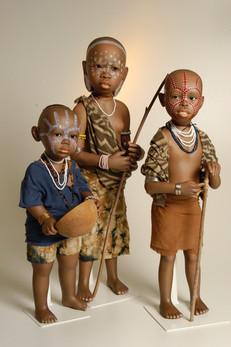 Fikre, Feker en Moira behoren tot de Suri Stam in Ethiopië •  Fikre, Feker and Moira belong to the Suri Tribe in Ethiopia