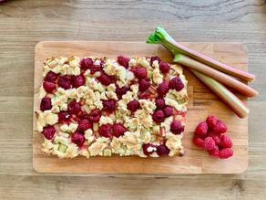 Rhubarb & Raspberry Crumble