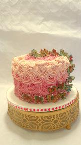 Swiss meringue roses cake