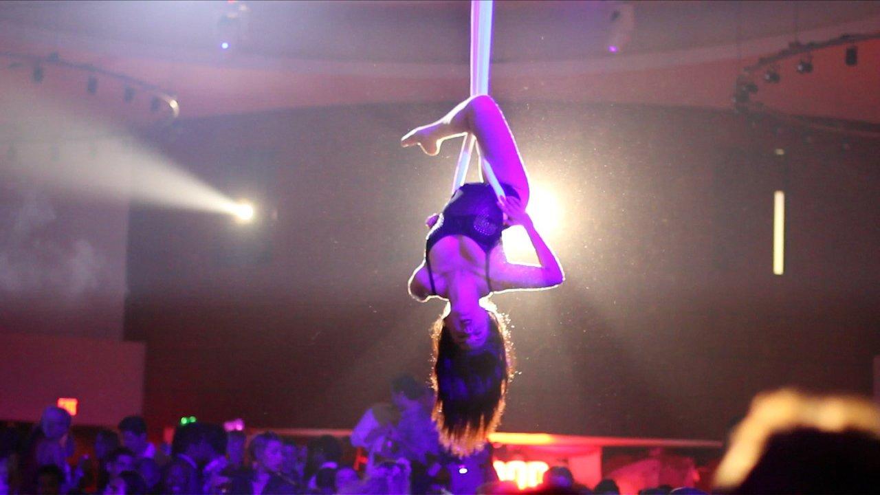 ceiling+stripper+for+site.jpg