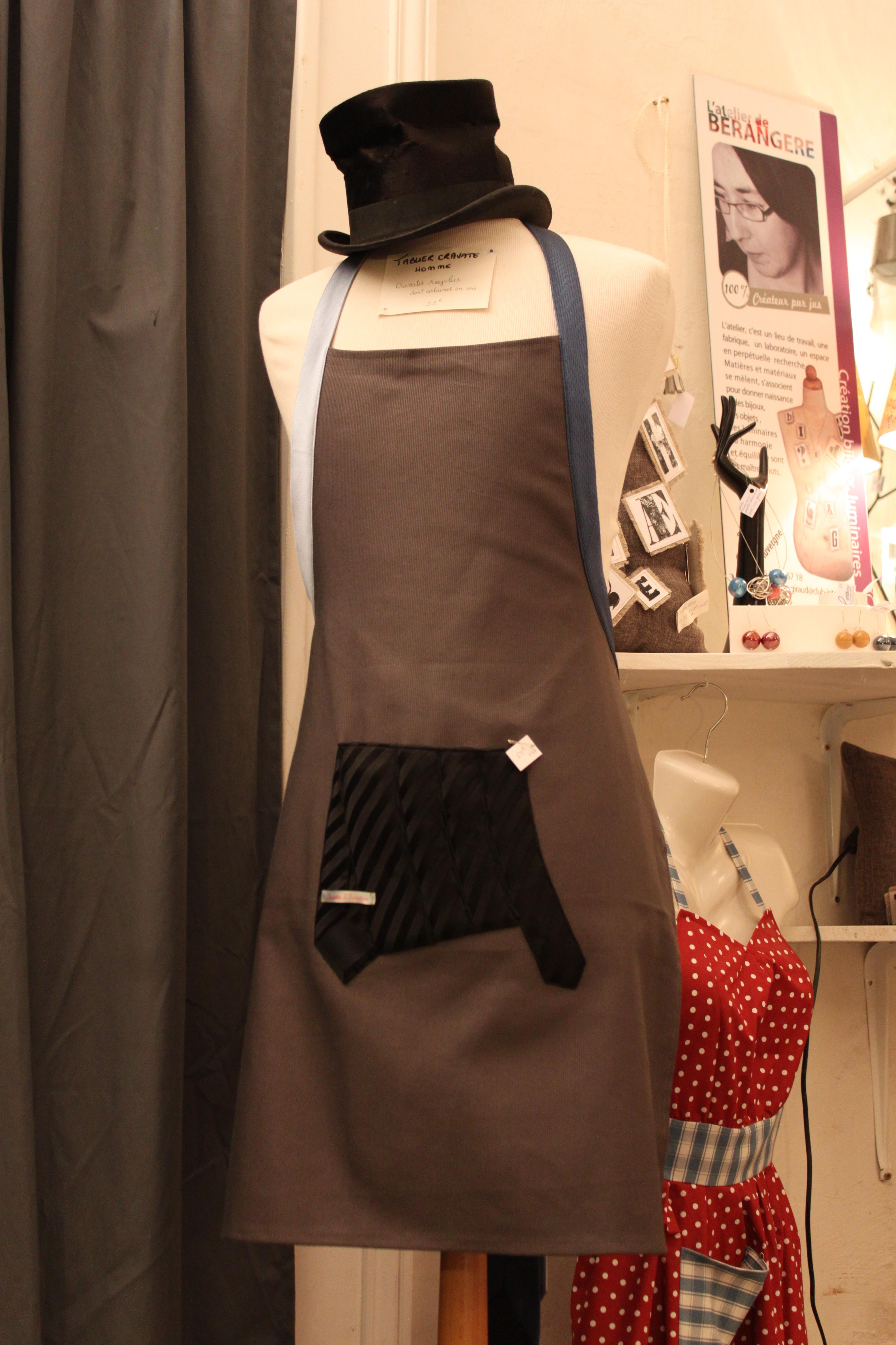 Tabliers 3 cravates (3).JPG