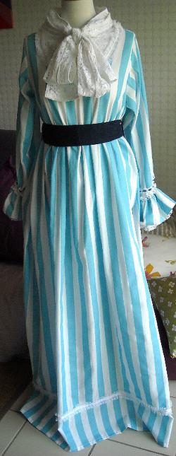 Robe Renoir 004_edited.jpg