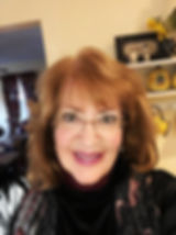 Linda Headshot for Yearbook '19.jpg