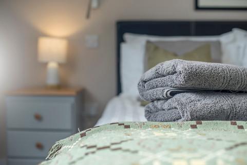 DSC_8468_4 bedroom.jpg