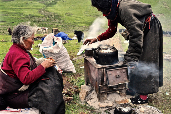 Fortifying Sips before the Move - Horchuka, Sichuan