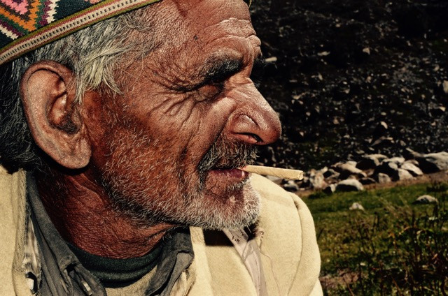 """Biari of the mountains is one of those whose words are reverent, tangible and entirely authentic. Having tended sheep in the Himalayas of Himachal Pradesh, his observations are based upon living every moment within them. Intuition and an intimacy makes his thoughts and words those worth listening to. Our expedition team sat with him while he spoke of the mountains' """"health"""". Sipping tea on a brittle morning he reminded us that what happens in the mountains, will inevitably affect the worlds further down. 55 of his 63 years have been spent in the valleys of the Chandra River watching wolves, blizzards, and sun rays touch his life."""