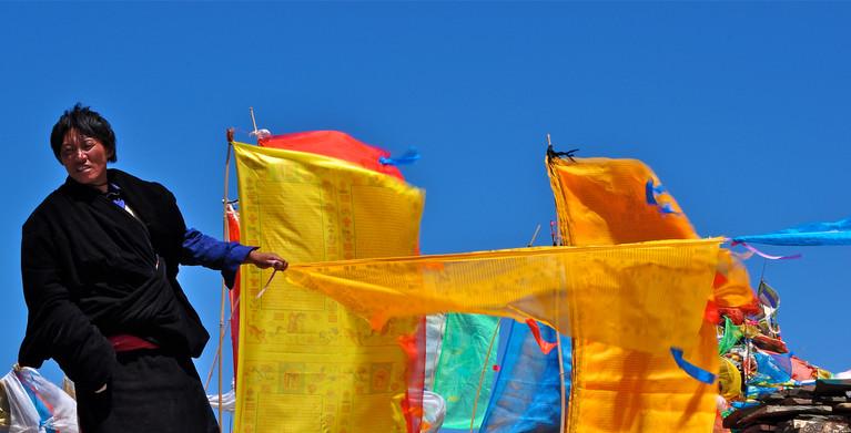 Prayer Flag, Flap - Darlag, Qinghai
