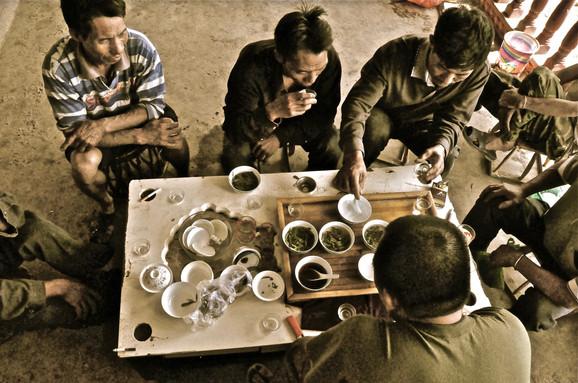 Boys and Sips - Lao Banzhang, Yunnan